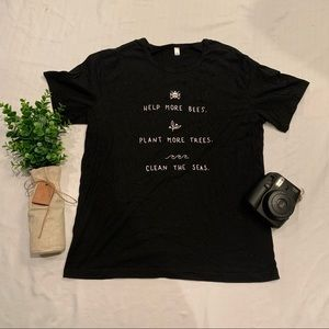 The bee protectors NWOT Save the bees tee